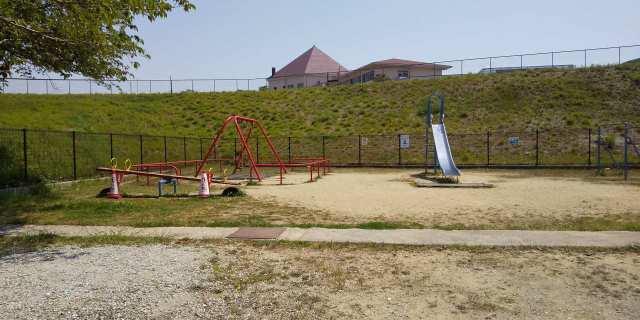 加古川市平岡町土山の新築一戸建てのすぐ近くの公園♪