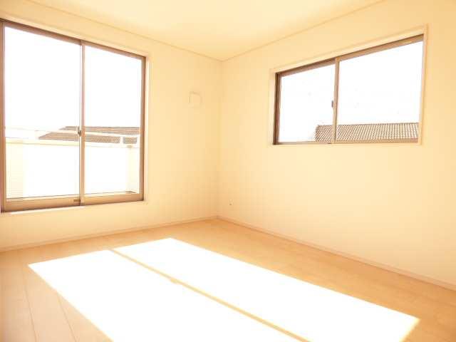 加古川市野口町良野の新築一戸建て♪2階洋室のご紹介♪
