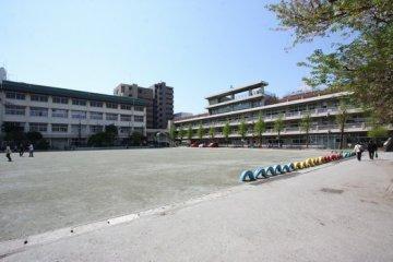 飯仲小学校