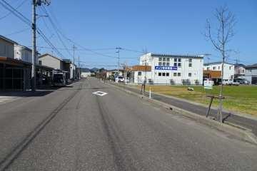 前面道路と街並
