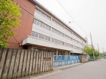 南鳩ヶ谷小学校