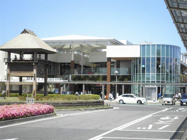 Bivi土山です♪ JR土山駅南口にございます♪ お買物とても便利です♪