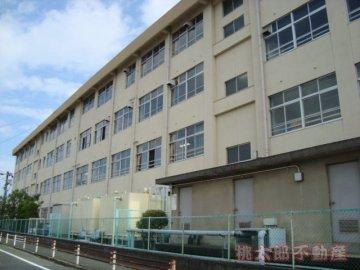 南輝小学校