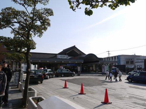 西鉄大宰府線「大宰府駅」です。降りたらすぐに大宰府天満宮です。