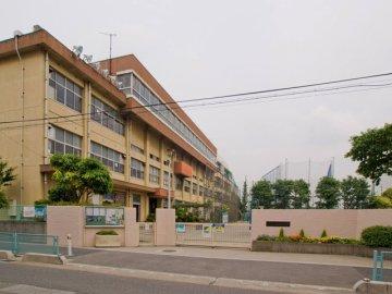 朝日東小学校