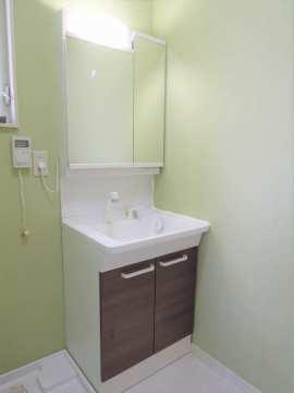 ハンドシャワー付き洗面台
