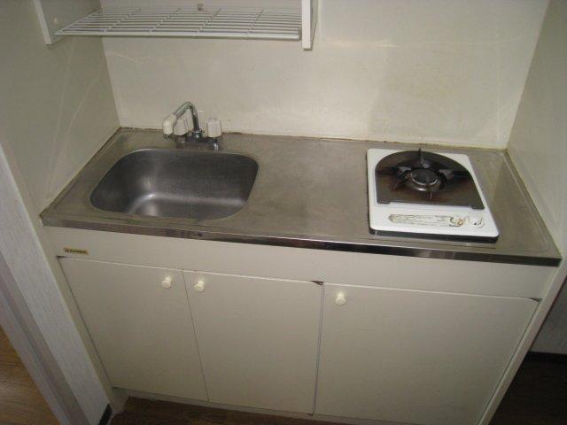 調理スペースもあるガスキッチンです