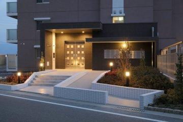 九州大学 伊都キャンパス マンション ブラン元浜 エントランス