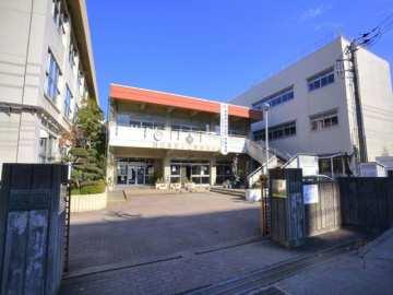 十二月田中学校