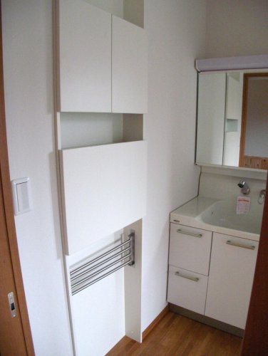 洗面所の収納庫