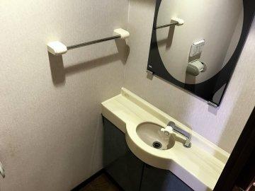 トイレ内手洗い