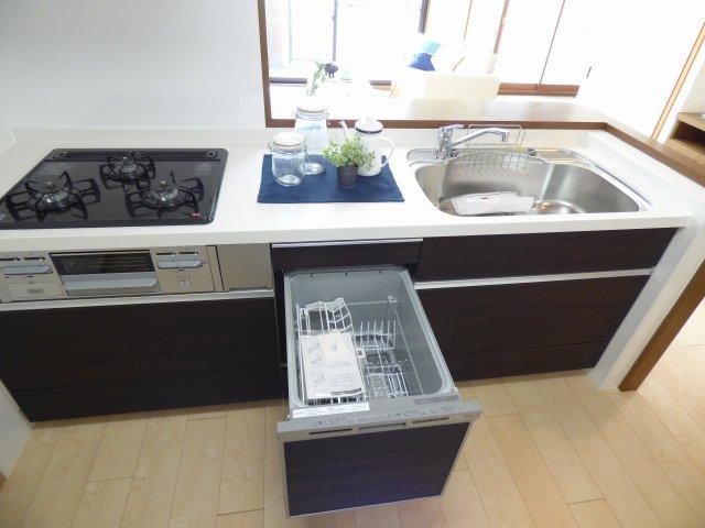 システムキッチン(食洗機付)新調♪