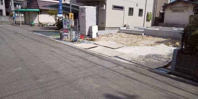 播磨町古宮の新築一戸建て♪駐車スペースは並列3台♪