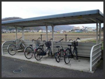 ネスト:駐輪場