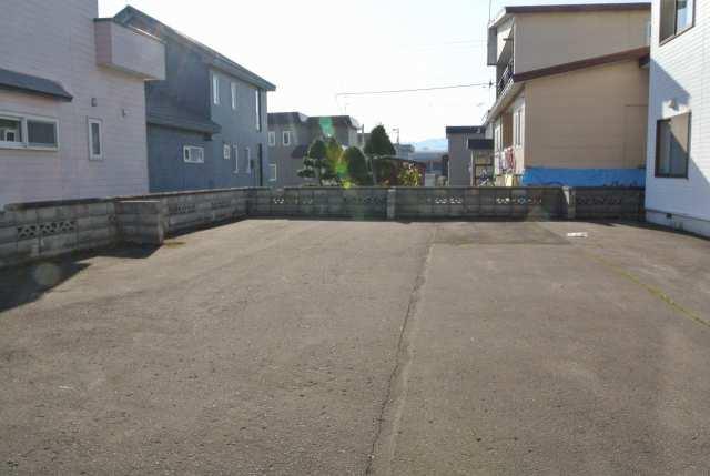 富士第二マンション(駐車場)