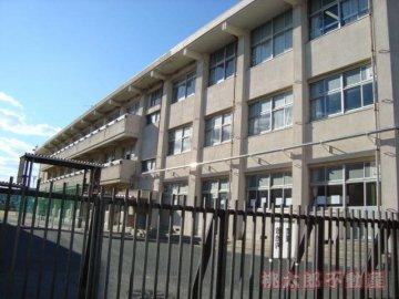 富山小学校