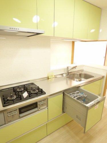 システムキッチン新調♪食洗機付きです♪