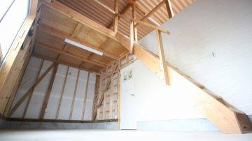 1階倉庫/外部からの入り口付き