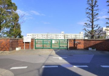 芝東中学校