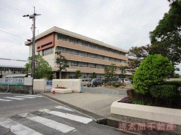 平福小学校