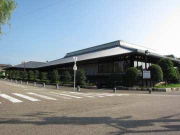 掛川市立中央図書館