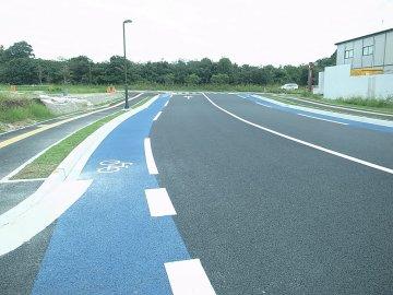 九州大学伊都キャンパス 構内横断道路到着