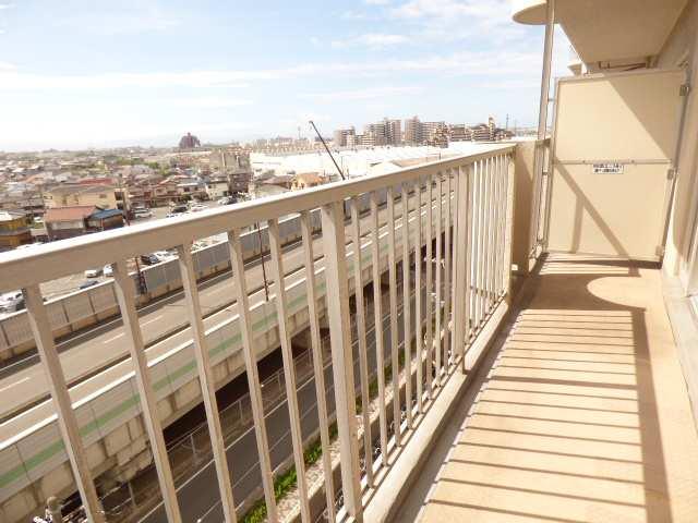 7階部分♪東南バルコニーで陽当り・眺望良好♪