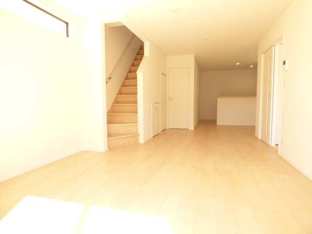 加古川市別府町新野辺北町の新築一戸建て♪リビング階段のご紹介♪