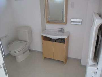 フロア側トイレ