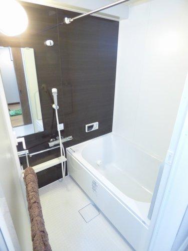 浴室です♪とても綺麗です♪2014年12月浴室新調されています♪ぜひ現地をご内覧下さい♪