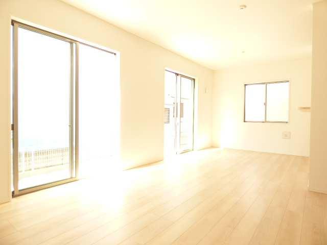 播磨町北本荘の新築一戸建てのLDKのご紹介♪