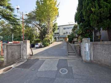 鳩ヶ谷中学校