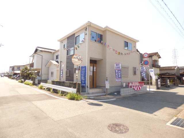 【播磨町北本荘の新築一戸建て】現地外観と前面道路のご紹介♪