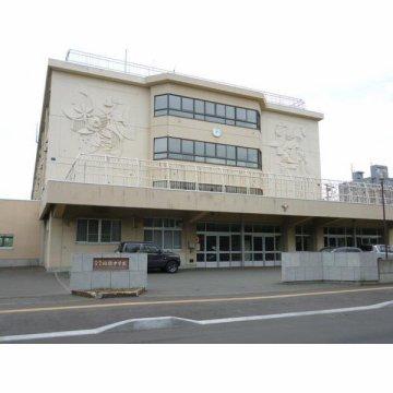 稲積中学校