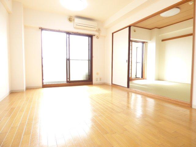 とても陽当り良好♪ 室内とてもきれいです♪ ぜひ現地をご覧になって下さい♪