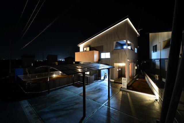 旭市後草:敷地面積/291.82m<sup>2</sup>(88.29坪) 建物面積/119.23m<sup>2</sup>(36.00坪) 太陽光発電12.05kw搭載