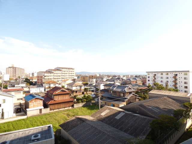 バルコニーからの眺望です♪淡路島・明石海峡をご覧いただけます♪ぜひ現地ご見学ください♪お問合せ・ご案内はお気軽にフジ不動産へ♪