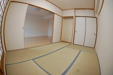 サニークレスト武蔵浦和 和室