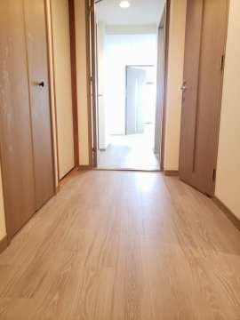 玄関~廊下