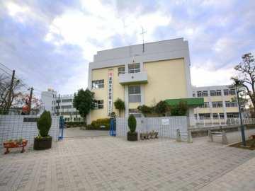 榛松中学校