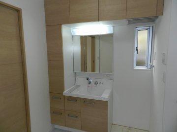 システム収納洗面化粧台