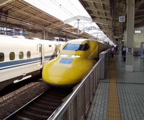 幸せの黄色い新幹線♪ドクターイエロー♪