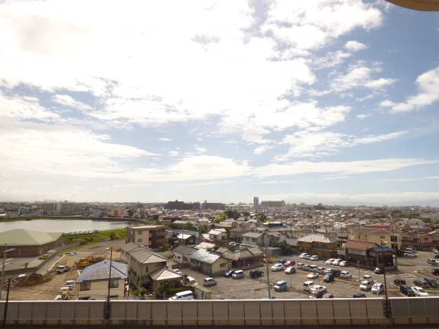 7階部分で眺望・陽当り・通風とても良好です♪